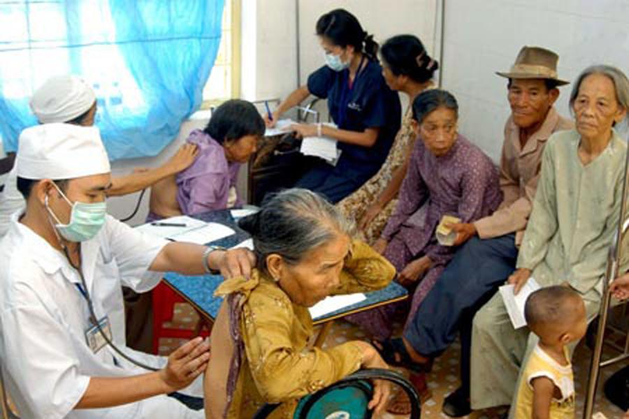 Việt Nam đối mặt tình trạng dân số già hóa