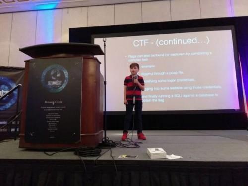 Cậu bé 11 tuổi hack thành công kết quả bầu cử của chính phủ Mỹ tại sự kiện thường niên DEFCON 26