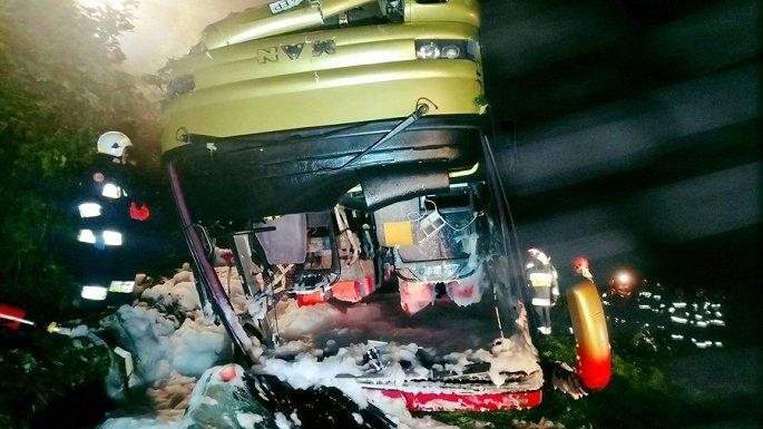 Lật xe buýt ở Ba Lan hơn 20 người thương vong