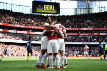 arsenal da bai west ham voi ty so 3 1