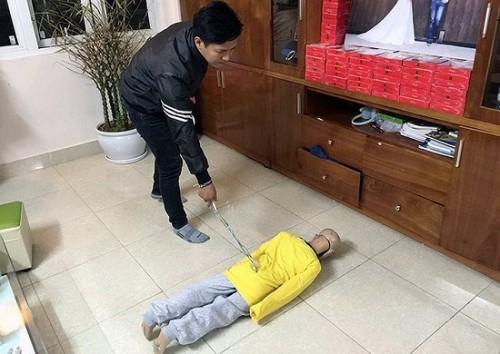 sap xet xu vu cha de cung me ke bao hanh da man con trai 10 tuoi den chan thuong so nao