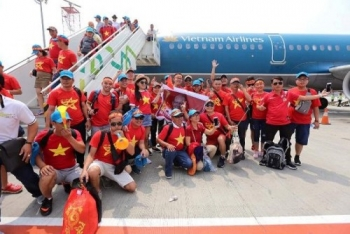 vietnam airlines bo tri may bay rieng don doan the thao viet nam ve nuoc