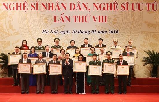 Truy tặng, phong tặng danh hiệu NSND, NSƯT cho 391 nghệ sĩ