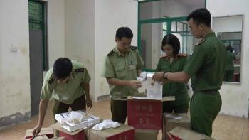 Hà Nội: Phát hiện 4.440 bánh trung thu trứng chảy không rõ nguồn gốc