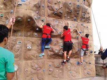 9 hoạt động thể thao bắt buộc phải có người hướng dẫn tập luyện