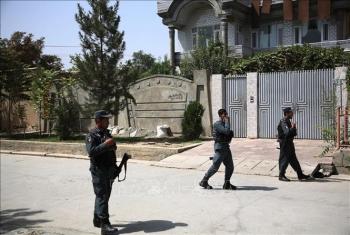 taliban tan cong hang loat sat hai 20 nhan vien an ninh
