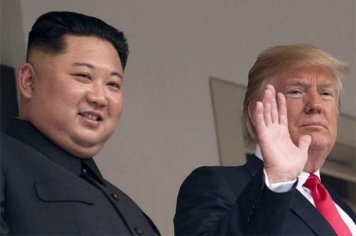 Tổng thống Donald Trump tiếp tục nhận được thư từ lãnh đạo Kim Jong-un