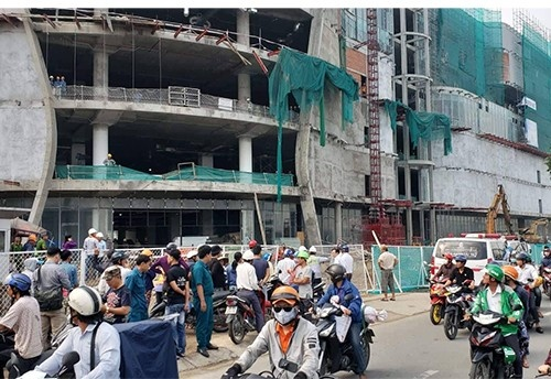 TPHCM: Rơi từ tầng cao của công trình Giga Mall, 3 công nhân bị thương nặng