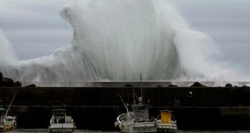 Ứng phó siêu bão Hagibis: Nhật Bản cảnh báo mức cao nhất