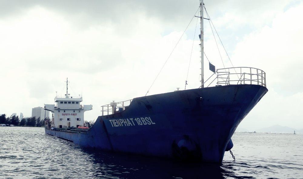 Truy tìm chủ sở hữu của 3.000 tấn quặng titan ở vùng vịnh Đà Nẵng