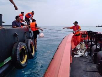vu may bay cua hang lion air lao xuong bien cung 189 nguoi indonesia trien khai robot de tim hop den