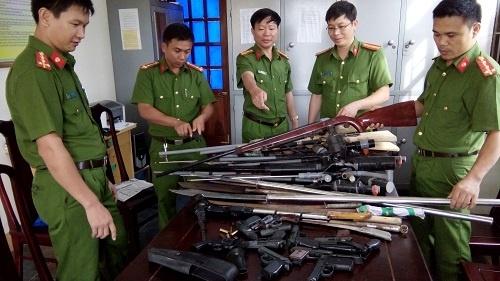 Dự kiến bỏ một số lệ phí cấp giấy phép mang linh kiện vũ khí