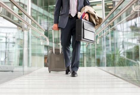 Cán bộ không đi công tác nước ngoài quá 2 lần/năm