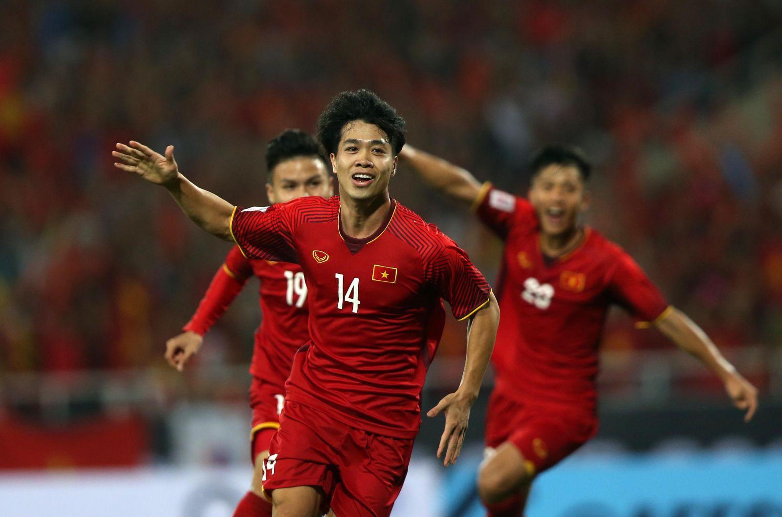 Thắng Malaysia 2-0, Đội tuyển Việt Nam rộng đường vào bán kết