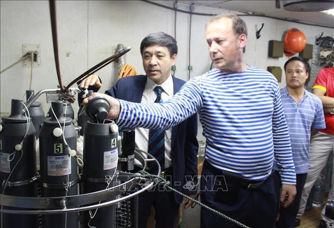 Nga hỗ trợ Việt Nam khảo sát địa chất, hải dương học