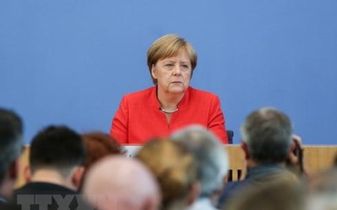Thủ tướng Đức Angela Merkel từ chức Chủ tịch đảng cầm quyền