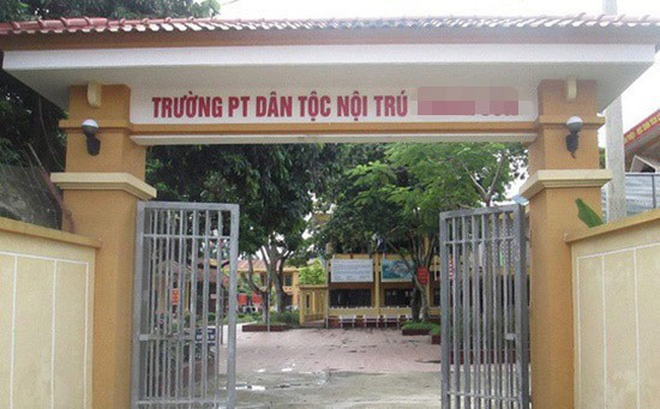 phu tho thong tin moi vu hieu truong bi to lam dung tinh duc hang chuc nam sinh