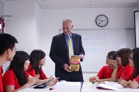 """Cách nào thu hút học sinh, sinh viên du học """"tại chỗ""""?"""