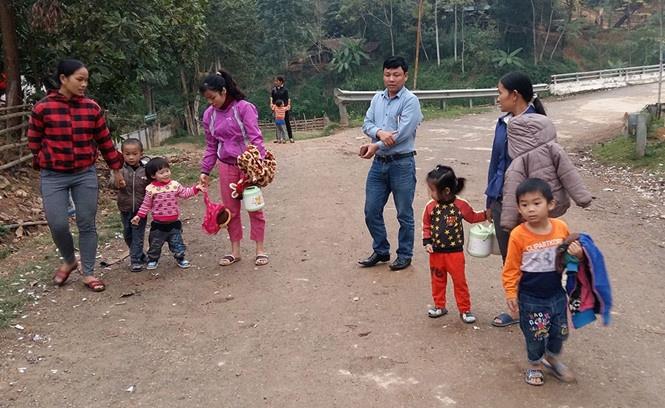 Lạm thu ở trường mầm non nghèo nhất huyện