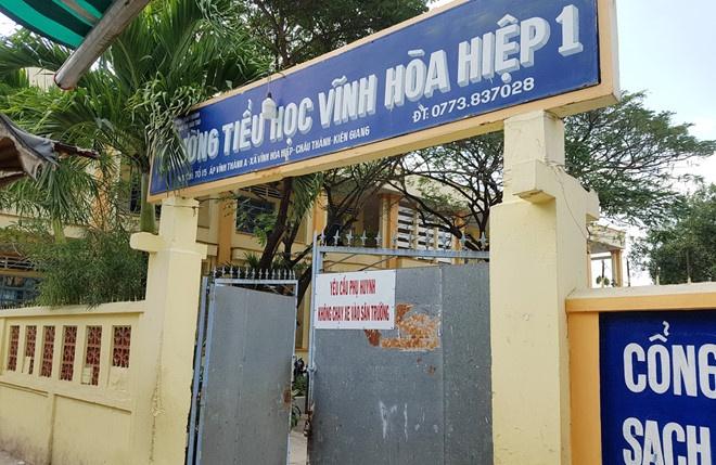 Bé gái nghi bạo hành ở Kiên Giang 'sợ hãi' khi đến trường mới