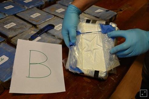 Phát hiện 400 kg ma túy trong sứ quán Nga ở Argentina