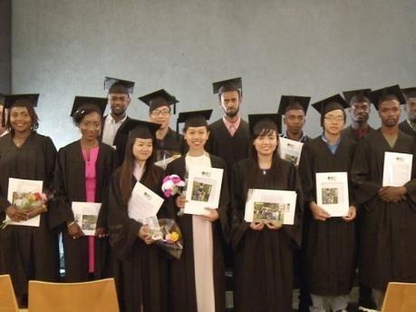 Israel trao bằng thạc sĩ nông nghiệp cho sinh viên Việt Nam