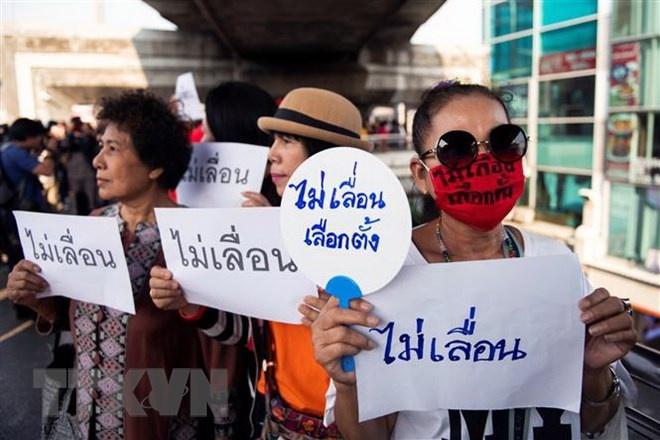 thai lan xuat hien tin don sap xay ra dao chinh o bangkok