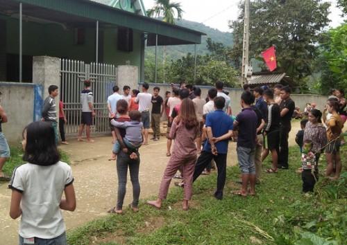 Thông tin mới vụ chồng bị thương ôm thi thể vợ ở Nghệ An
