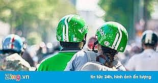tai xe mac ao grab bike di dao vao co co gai cuop dtdd