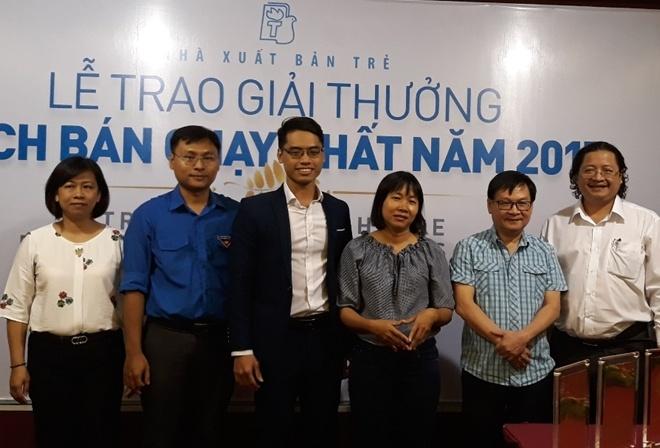 Nhà văn Nguyễn Nhật Ánh lập kỷ lục sách bán chạy