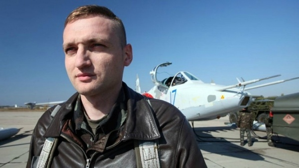 Phi công bị Nga tố bắn rơi MH17 tự sát