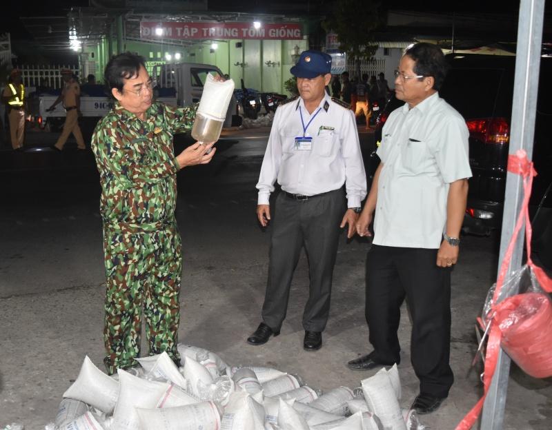 Chủ tịch tỉnh Bạc Liêu kiểm tra, phát hiện hơn 1,2 triệu con tôm giống 'lậu'