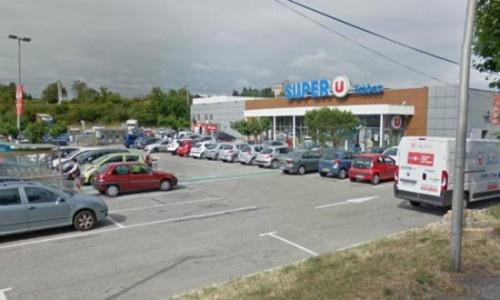 Pháp: Nổ súng, bắt giữ con tin ở siêu thị, ít nhất 3 người chết