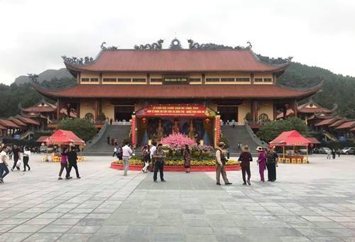 Nghi vấn chùa Ba vàng truyền bá 'vong báo oán' thu trăm tỷ: Sẽ triệu tập bà Phạm Thị Yến để làm rõ
