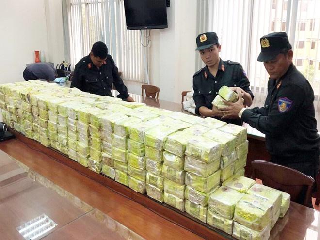 Khen các lực lượng triệt phá đường dây ma túy xuyên quốc gia