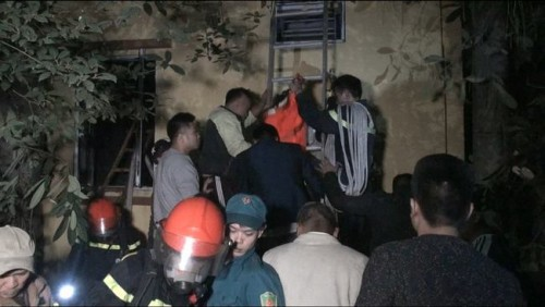 Hà Nội: Cháy nhà 5 tầng dữ dội trong đêm, 1 người tử vong