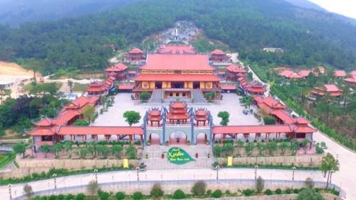 UBND TP.Uông Bí yêu cầu chấm dứt 'thỉnh vong, cúng oan gia trái chủ' tại chùa Ba Vàng