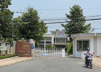 tien giang dinh chi cong tac can bo cap nham thuoc pha thai cho 3 thai phu