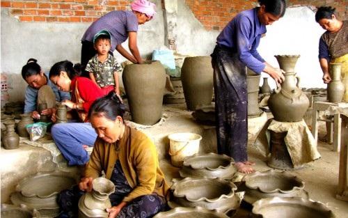 de xuat chinh sach dac thu cho dong bao dan toc thieu so ngheo vung dbscl