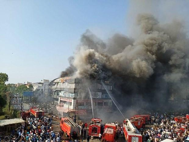 15 em học sinh thiệt mạng trong vụ cháy trung tâm thương mại ở Ấn Độ
