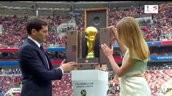 nhung dieu thu vi ve chiec cup vang world cup 2018