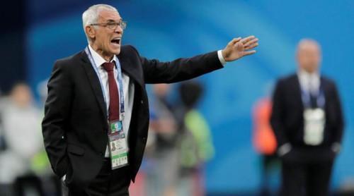 HLV Hector Cuper mất việc sau thất bại của Ai Cập tại World Cup