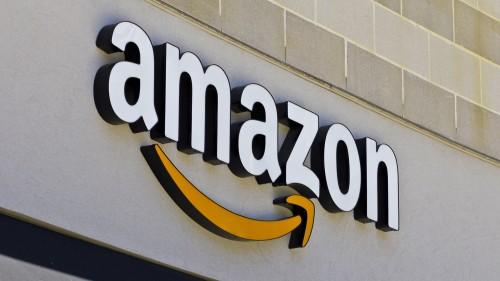 Amazon 'thổi bay' gần 18 tỷ USD của 8 công ty khác do 2 thông báo còn mập mờ chưa rõ ràng