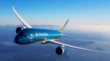 vietnam airlines bo phu thu dich vu xuat ve tren website