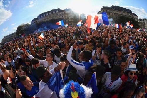Pháp đóng cửa tháp Eiffel, chuẩn bị cho trận Chung kết World Cup 2018