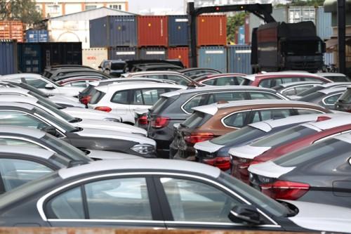 Xuất ngược 322 xe BMW về Đức sau 2 năm 'nằm im' tại cảng