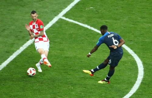 Đả bại Croatia với tỷ số ấn tượng 4-2, Pháp lần thứ 2 lên ngôi vô địch World Cup sau 20 năm