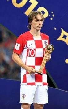 doi truong tuyen croatia luka modric gianh danh hieu qua bong vang world cup 2018