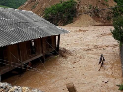 5 người tử vong, 58 người mất tích và bị thương do mưa lũ