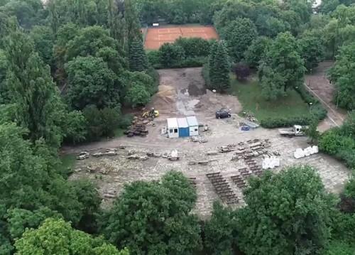 8 vạn bộ xương được tìm thấy ngay dưới công viên dành cho trẻ em ở Ba Lan